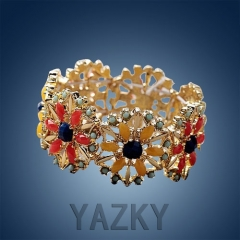 Fashion  flower shape bangle